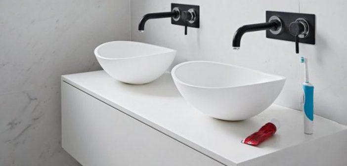 Νιπτήρες για δύο: Ιδέες για μπάνια ιδανικά για ζευγάρια